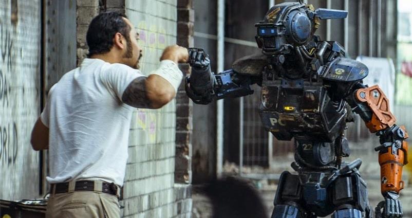 робот Чаппи - законы робототехники