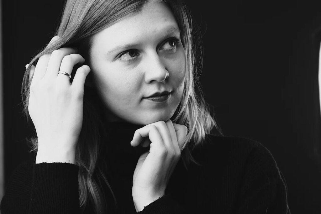 Алиса Хэльстром - интервью с писательницей